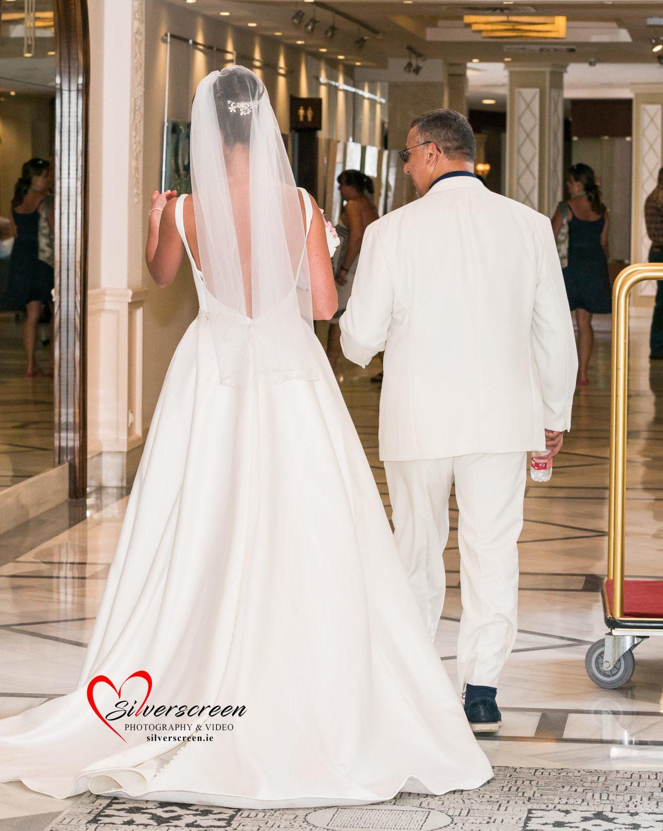 Bride and Groom arriving at Marbella Fuerte Hotel