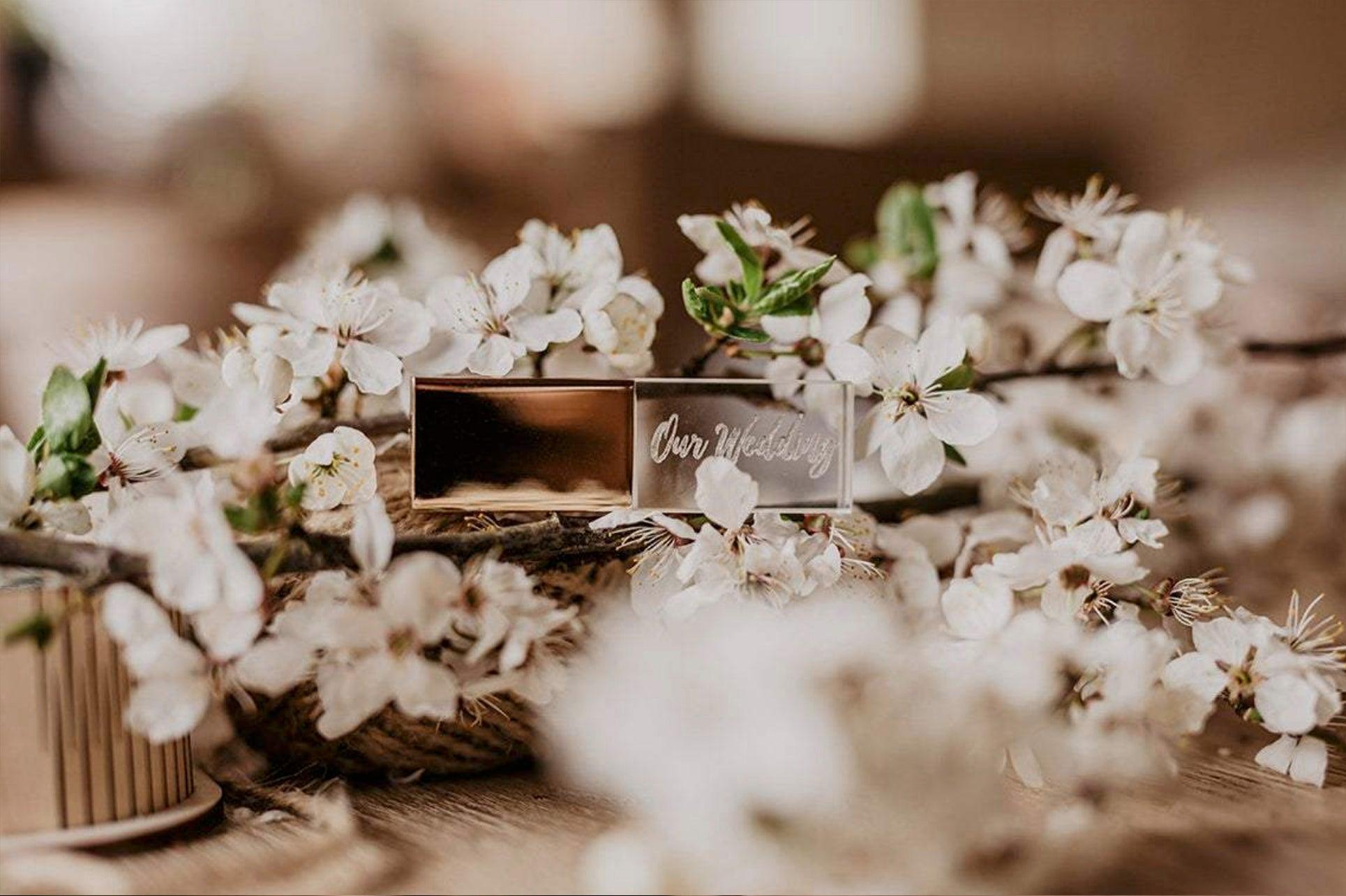 Gold-Crystal-USB-01