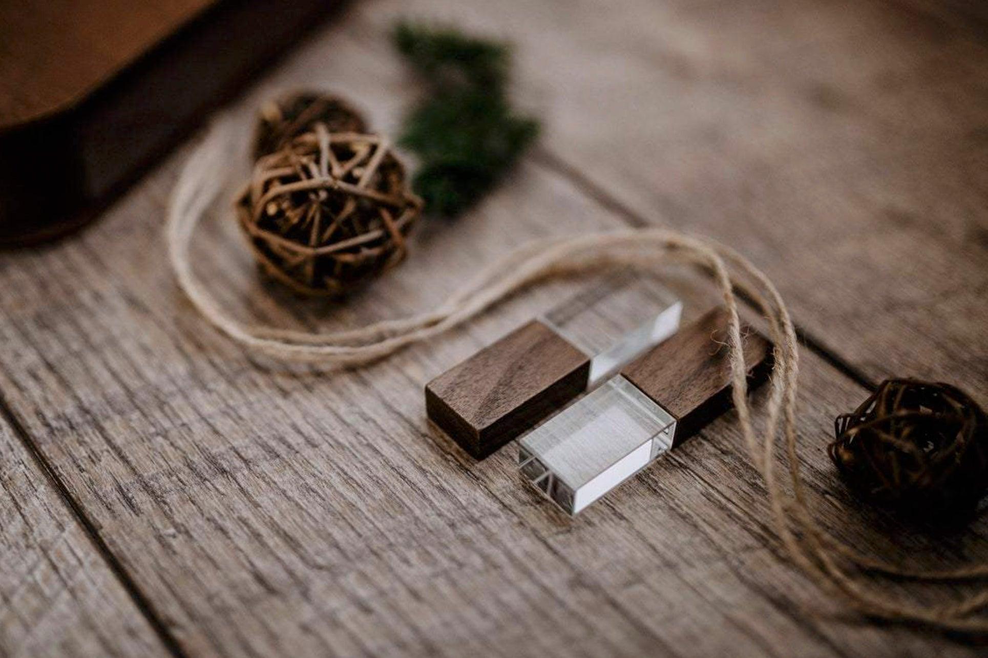 Walnut-Crystal-USB